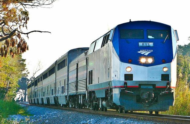 Amtrak's eastbound Sunset Limited rounds Pensacola Bay in December 2004.