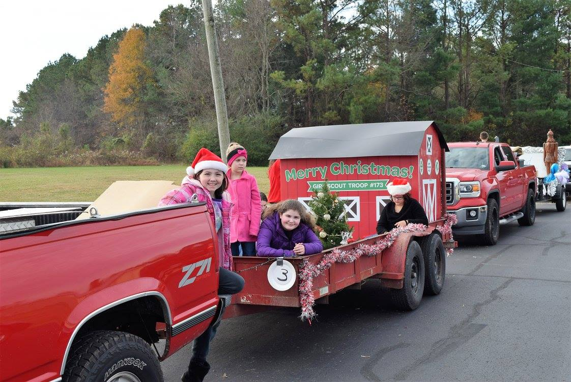 2017-12-2 Christmas Parade, Pleasant View, TN