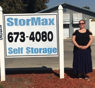 Self Storage Units Madera CA 93637 Manager