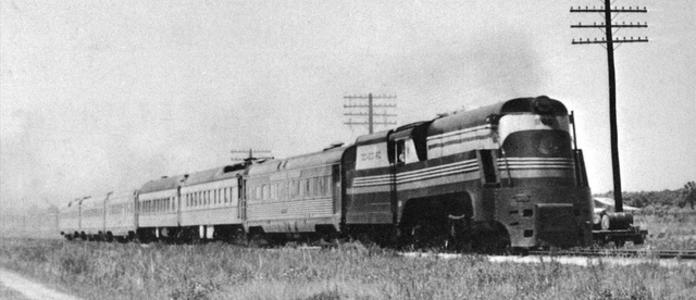 A streamlined P class pulling the St. Petersburg section of the Silver Meteor between Wildwood and St. Petersburg, Florida.