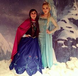 {Elsa, Anna, Olaf, Frozen} [[Face Painting Chicago]]