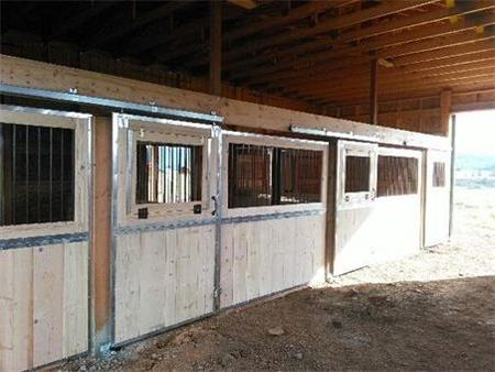 Horse stalls with dividers