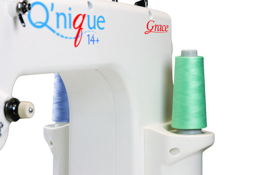 Q'nique 14+ quilting machine