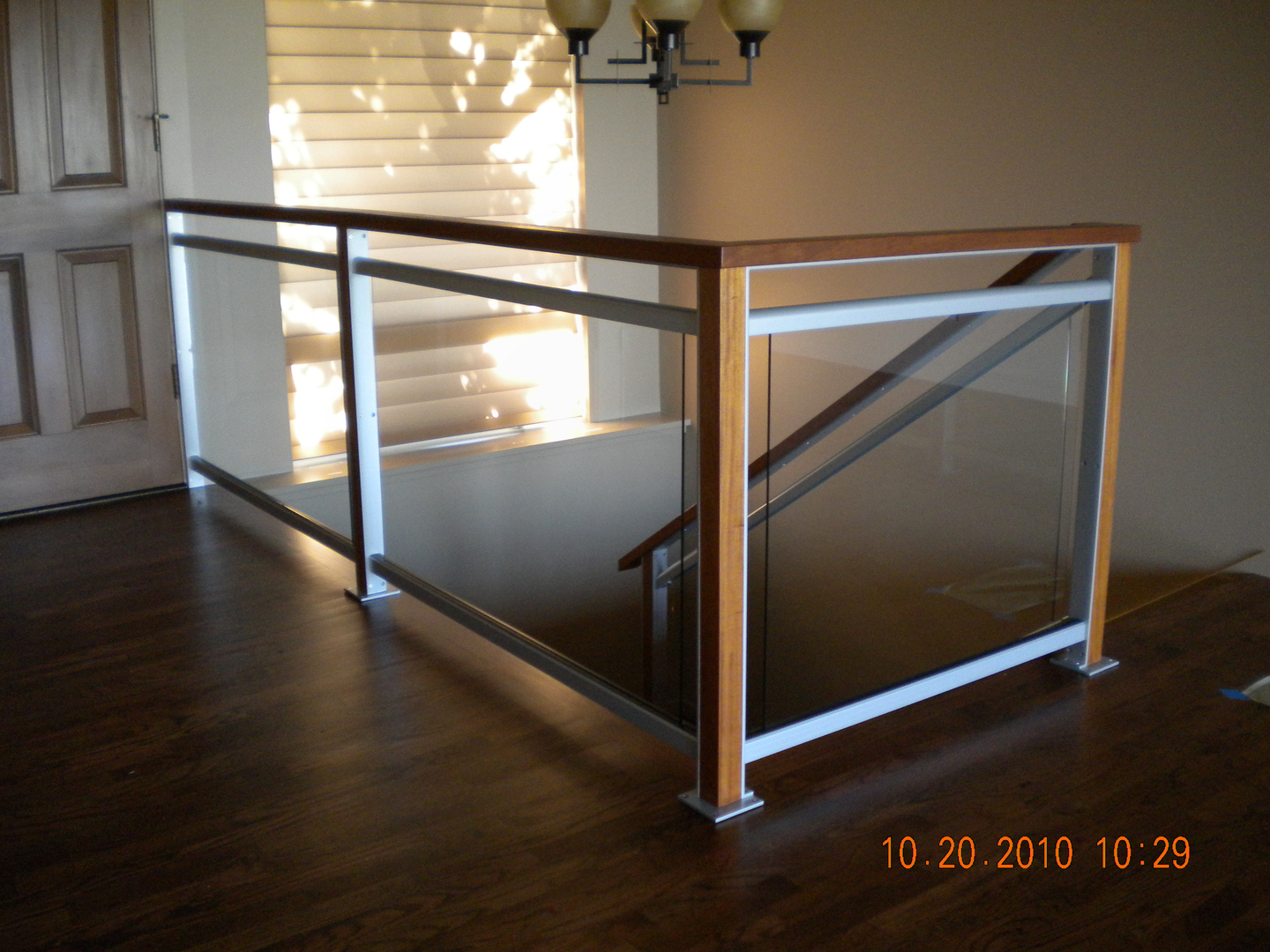 Interior glass railing systems for Interior glass railing designs