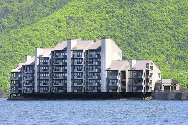 Search by all Waterfront Condos and Town homes at Smith Mountain Lake