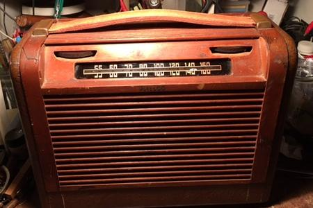 Philco portable tube radio 1946