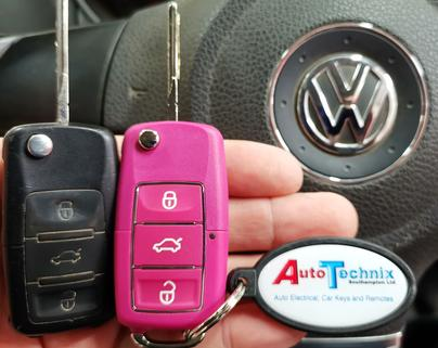 VW 3 button remote key in pink