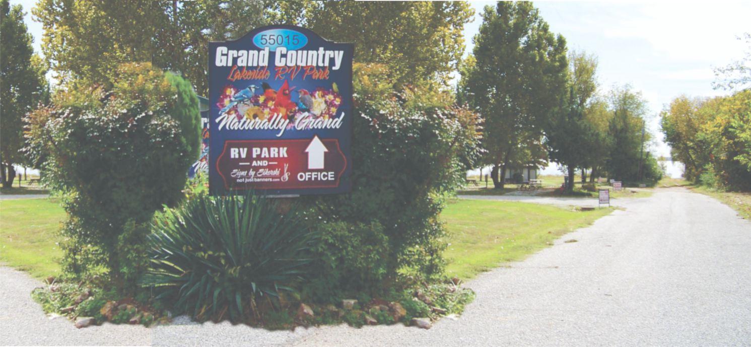 Grand Country Lakeside RV Park