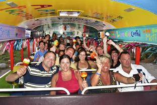 ARUBA: Party Bus Pub Crawl - from $46.00 per person