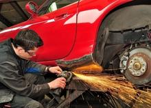 Auto Body Work Speed and Floyds Moline IL