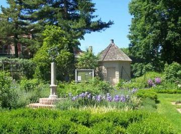 Bucks County Pennsylvania Gardens Near 1833 Umpleby House Bed And