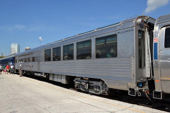 The Hollywood Beach Sun Lounge railcar.