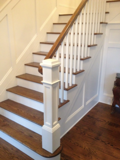 Box Newel Modern Staircase