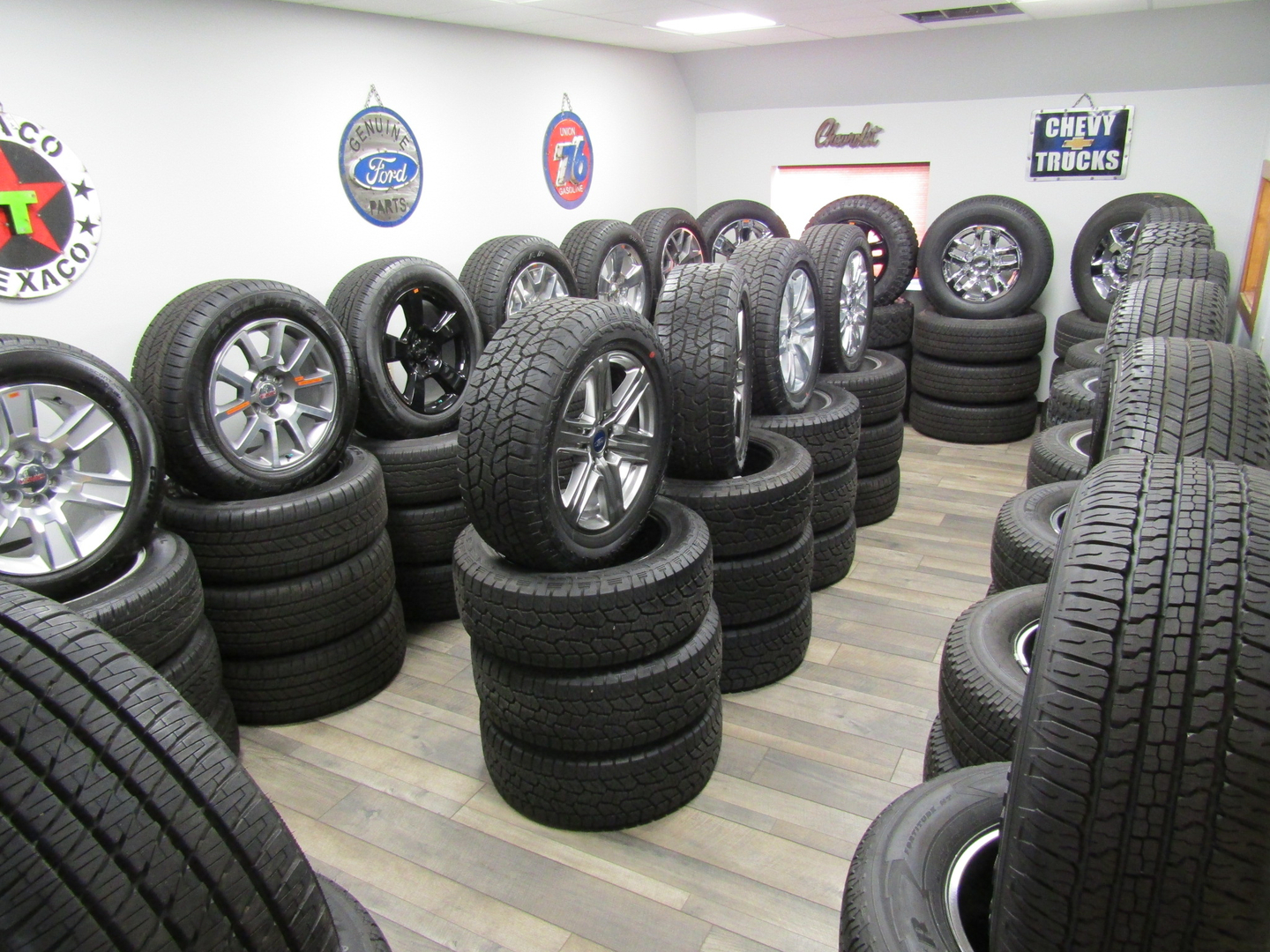 Rpm Takeoffs Factory Takeoffs Wheels And Tires Wheels And Tires Packages