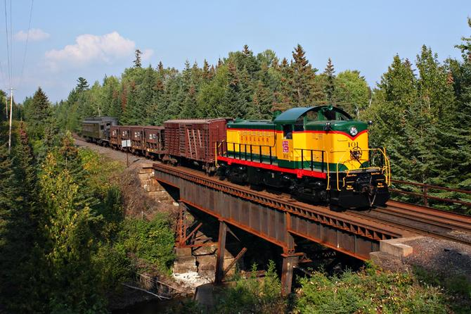 Duluth, South Shore & Atlantic 101, a 1945 Alco product, led one of two photo charters for Lake Superior Railroad Museum's annual railfan weekend.