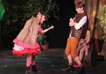 Little Red Riding Hood (Ruby Davies) and Jack (Harrison Smith)