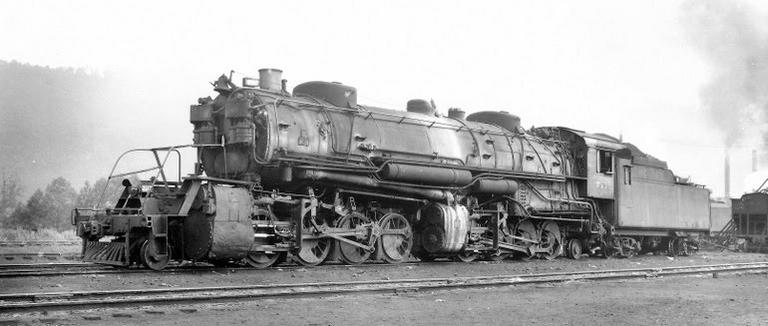 Clinchfield 2-8-8-2 No. 735 at Erwin, Tennessee, July 20, 1948.