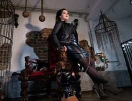cruel mistress , dominatrix cams