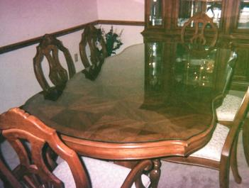 Photo of curvy custom glass top made for dining table