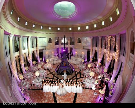 QUINCES PARTIES COLONNADE QUINCEANERA COURT MIAMI VIDEO PHOTOGRAPHER DRESS