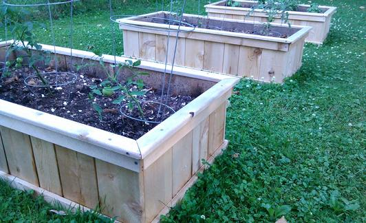 Cedar shipable garden kit, shipable garden beds