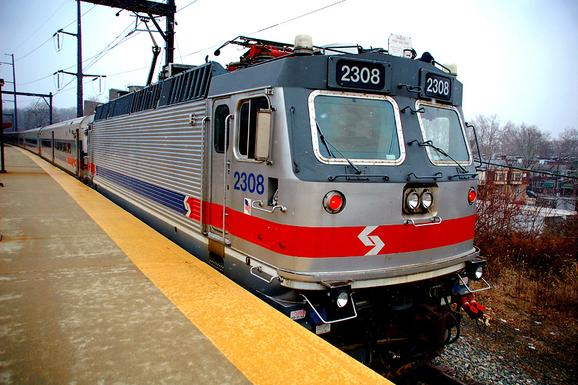 Septa regional rail septas sole alp 44 electric locomotive seen here at the fern rock transportation center publicscrutiny Images