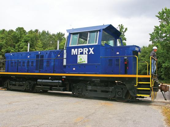 The Hi-Vis cab has been designed by US locomotive supplier Motive Power & Equipment Solutions to offer switching locomotive engineers improved all-round visibility for safe operation at industrial sites.