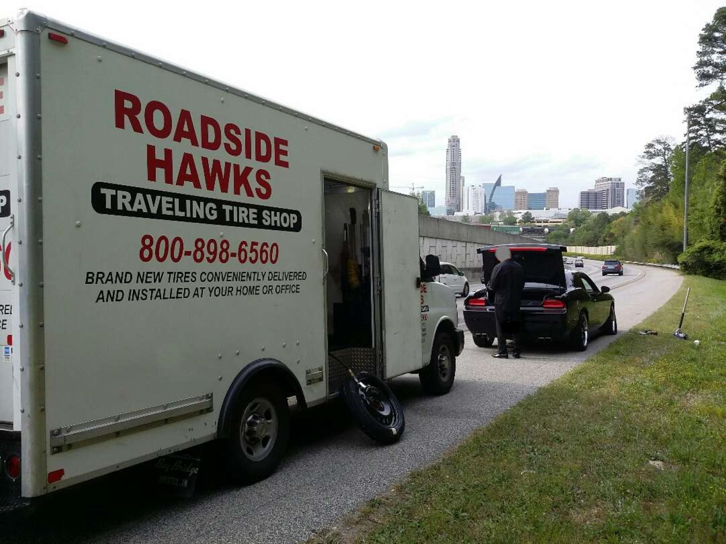 Tire Repair Near Me Open Sunday >> 24 Hour Roadside Hawks Traveling Tire Shop Atlanta