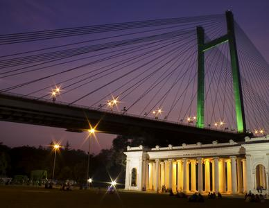 Octorloi Monument Kolkata city tour itinerary