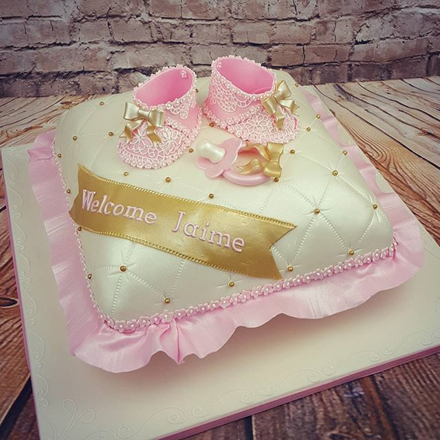 Queen Of Cakes Minneapolis