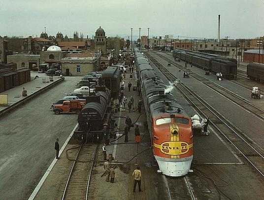 The Super Chief at Albuquerque in 1943.