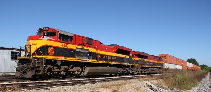A modern KCS diesel freight locomotive near Moberly, Missouri. Photo by Eddie Phillips.
