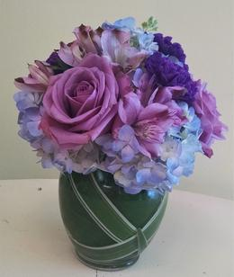 NB-MD16-3 Hydrangea, Alstromeria, and Roses