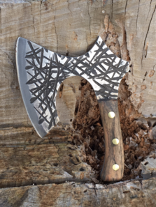 Broad Axe Kitchen Chopper perfect for the 9-5 working Viking. Free step by step DIY instructions. www.DIYeasycrafts.com