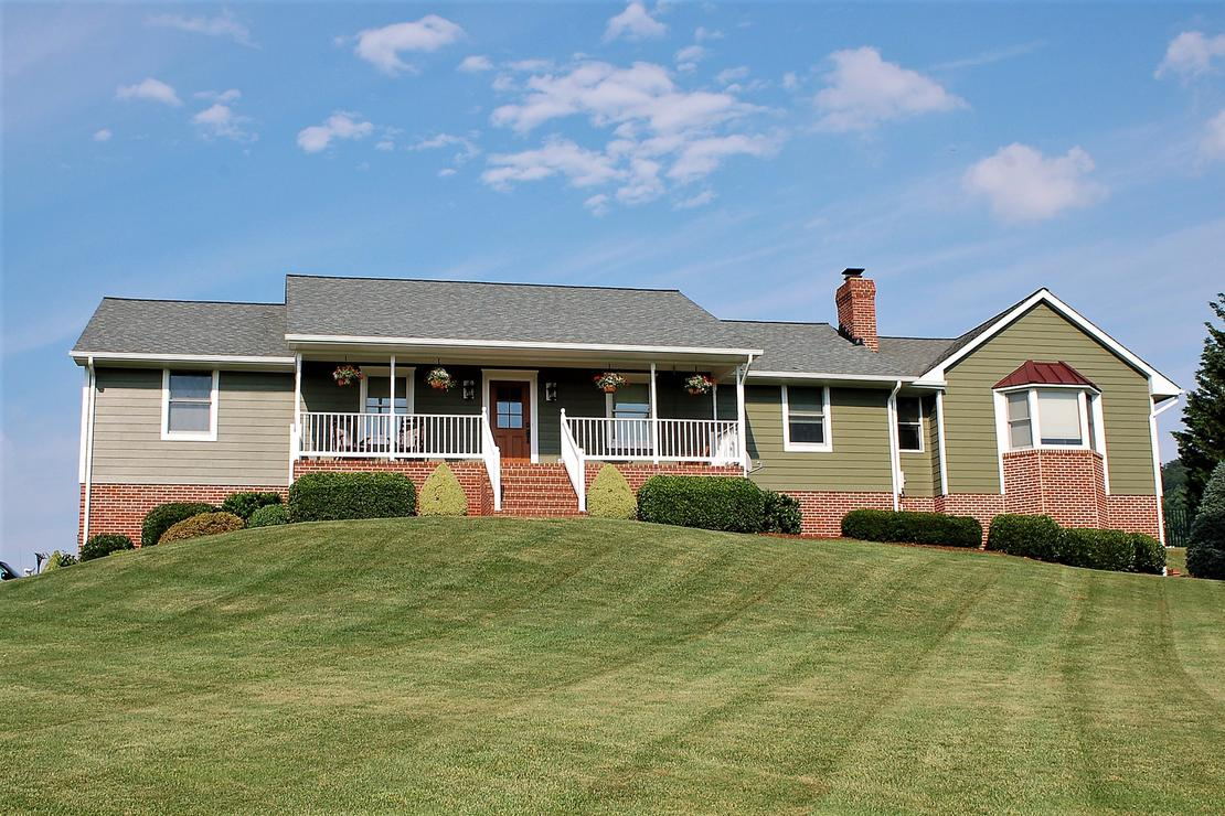 Hardie Siding Mountain Sage | Siding Contractor Frederick, MD