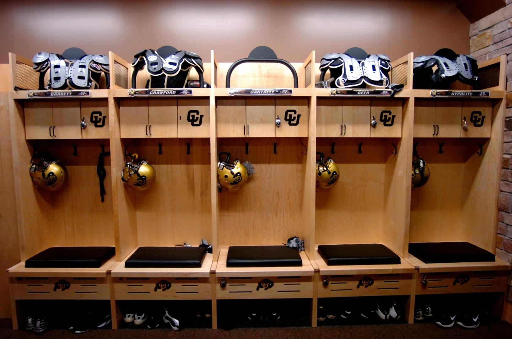 football locker rooms football locker systems