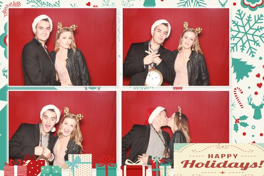 alt img=photo booth rental holiday