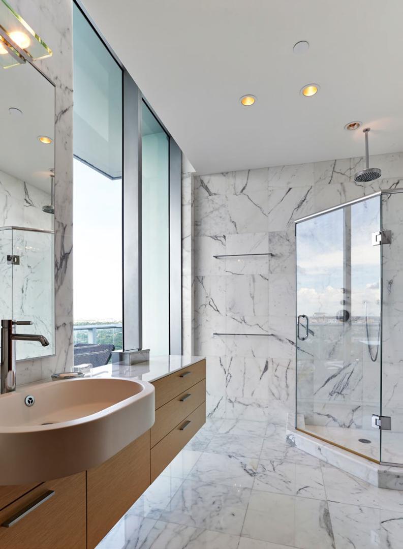 With over 400 colors of granite, marble, quartz, quartzite, onyx ...