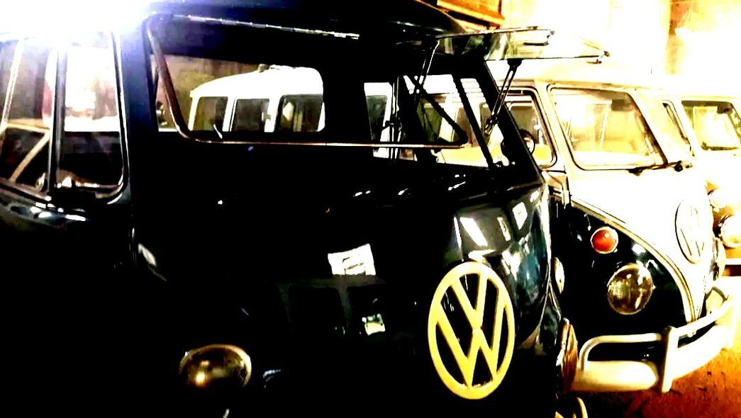 vw bus t1 t1 samba 23 windows kit install, Safari windows, T1 rack roof, vw t1 for restoration, vw t1 voor restauratie, Military vehicles for sale, importT1Combi.eu Import Combi Export to europe import kombi export bus t1, old combi to buy,splitscreen, Camper van, export t1customized, import t1, buy kombi, buy t1 in brazil, splitbus, spijlbus, sale t1, customized combi t1 export to europe, bus t1 aircooled and parts, brazil cars parts export t1 aircooled vw, car collector, kaufen t1, import t1, brasilien export t1, import t1 aus brasilien, t1 in brasilien, kosten t1 in brasilien zu kaufen, kosten t1 in brasilien zu importieren, jemand import t1 aus brasilien, alte autos aus brasil, import alte autos, kombi zum verkauf in brasilien, ausstellung von alten autos in brasilien, sammler auto import, kombi zum verkauf in brasilien, t1 zum verkauf in brasilien, auto fur sammler, autos kollektors, t1 vente, acheter t1, t1 d'importation, brésil export t1, t1 des importations en provenance du bresil, t1 au bresil, samba windows, kombi vieja, aircooled to sale, Brazil Cars Parts