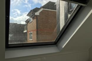 VELUX renovation service paint / oil / stain. ROTO and VELUX ROOF WINDOW SPECIALIST INSTALLERS, REPAIRS, RENOVATING, RE-GLAZING, REPLACEMENTS AND INSTALLING. COVERING; LONDON, ESSEX, MIDDLESEX, HERTFORDSHIRE, BEDFORDSHIRE AND BEYOND