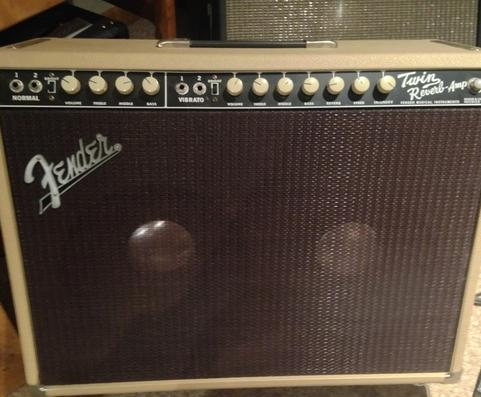 Blonde Twin Reverb