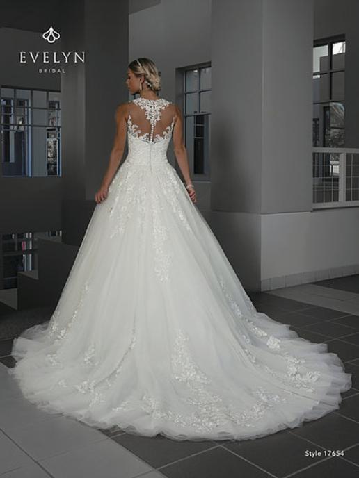 Wedding Gown Giggi 39 S Bridal Hudson Ma