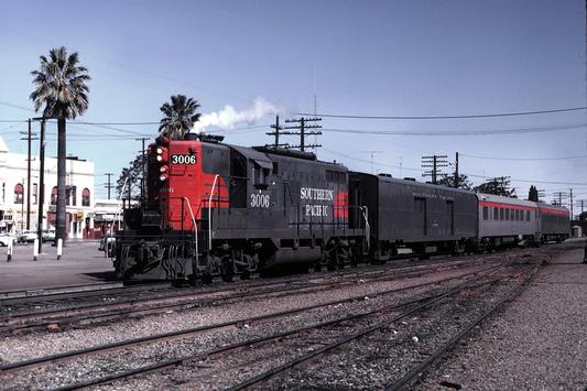 SP 3006 with the Sacramento Daylight at Lodi on the way to Tracy, March 1971.