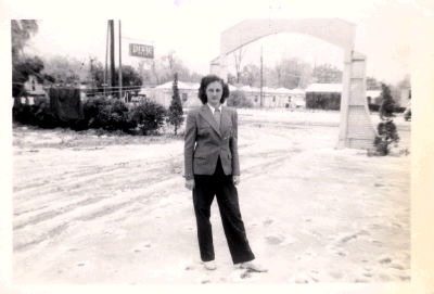 1950s Fleur de Lis Archway. Who is this beautiful woman? Ask me. ;)