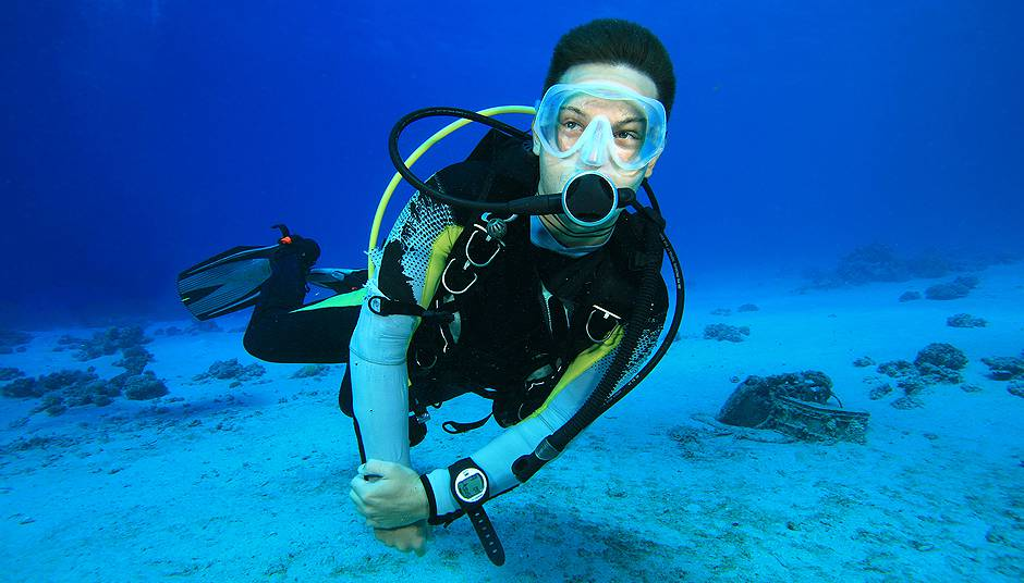 Learn To Scuba Dive, Scuba Equipment - Roud Island Divers