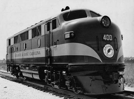Atlantic and East Carolina Railway EMD F2 locomotive No. 400 in 1946.