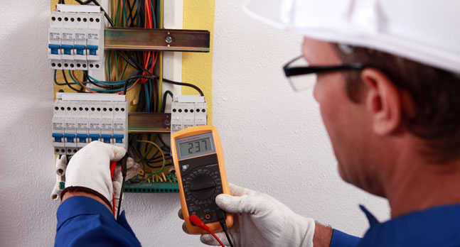 WE HAVE THE MOST HIGHLY TRAINED INDUSTRY EXPERT ELECTRICIANS WITH YEARS OF EXPERIENCE WORKING BOTH COMMERCIAL AND RESIDENTIAL ELECTRIC OUTLETS