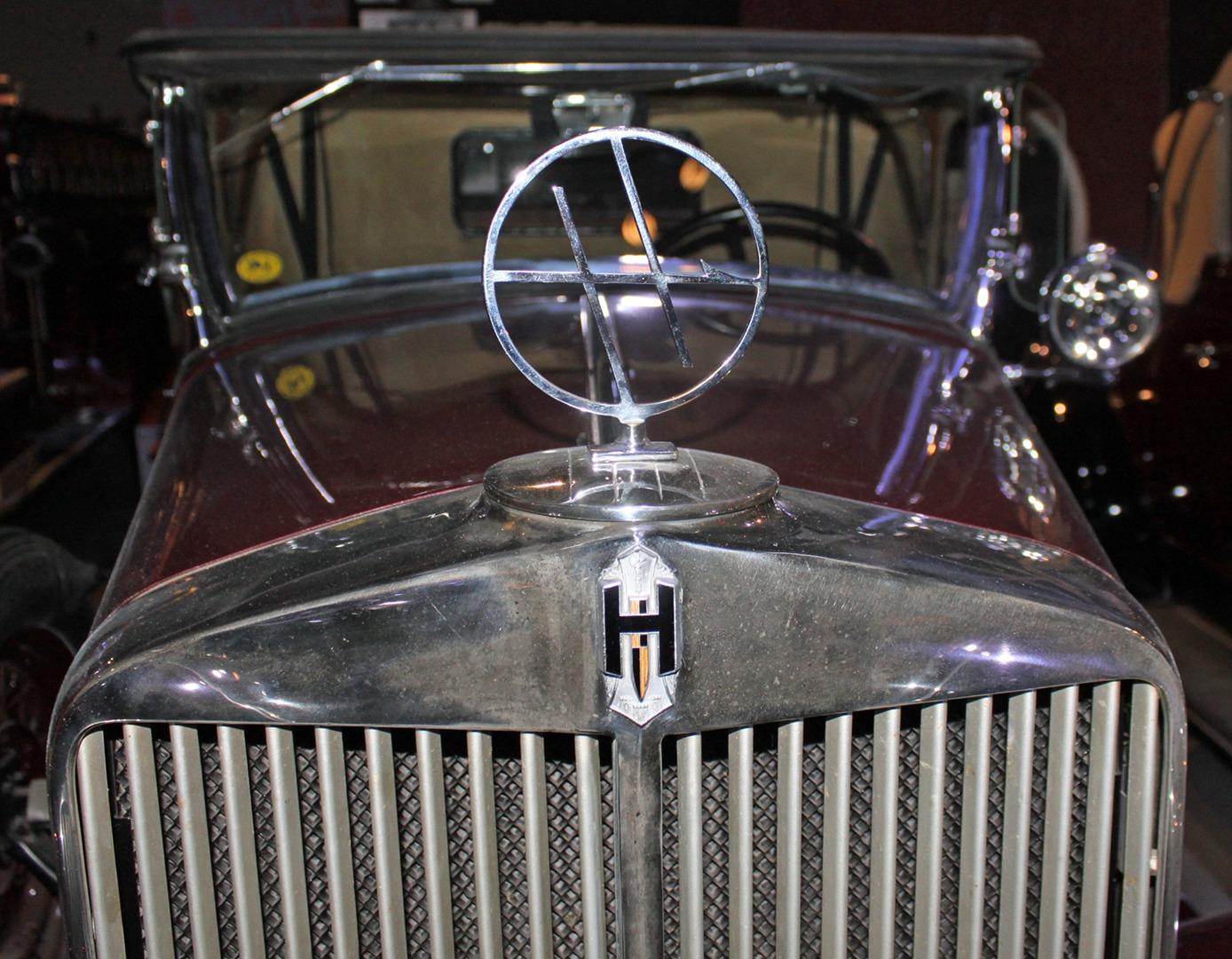 1932 Hupmobile Roadster