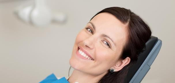 Clinic dental implantology dental implant services Brossard-Laprairie