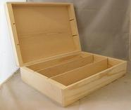 Wine box with hinges